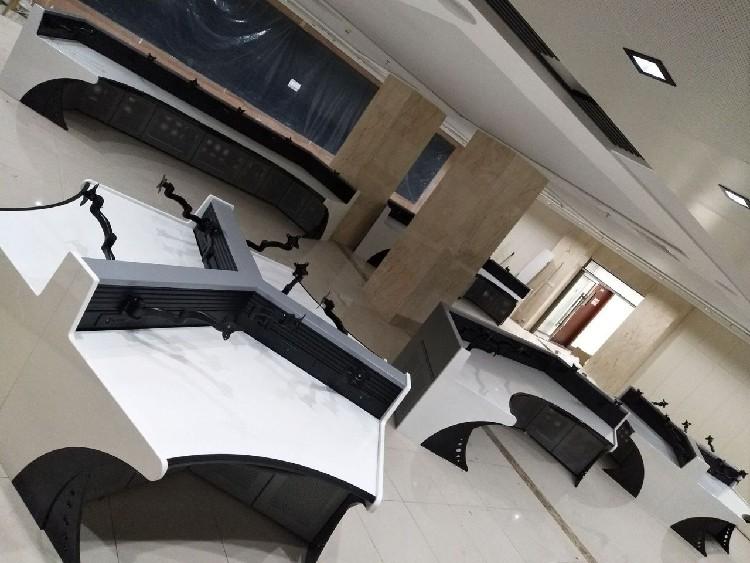 河北张家口尚义县梵世铁操作台样式优雅,控制台、操作台、调度台、监控台