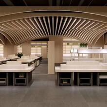 訂制室內木紋波浪造型鋁天花信譽保證圖片