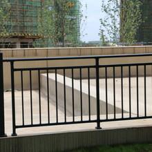 工程阳台护栏报价,锌钢阳台护栏图片