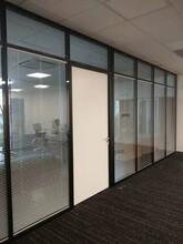 美隔铝合金高隔断,深圳南山环保办公室铝合金高隔断设计合理图片