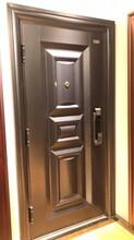順義區安裝護欄性能可靠,安裝鐵藝大門圖片