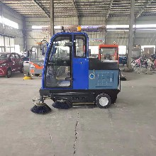 蚌埠电动扫路车厂图片
