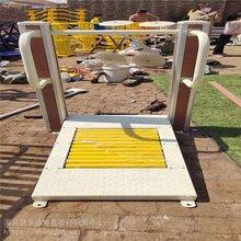 公園廣場健身器材廠家健身器材塑木路徑塑木健身器材定制圖片