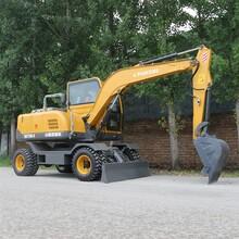 厦门环保75轮式小型挖掘机电话 胶轮挖掘机 全新供应图片