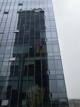 邵陽玻璃幕墻漏水維修定制 玻璃膠老化更換圖片