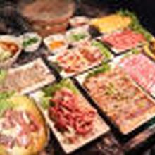 九品鍋自助火鍋加盟,廣州合作火鍋燒烤食材超市圖片