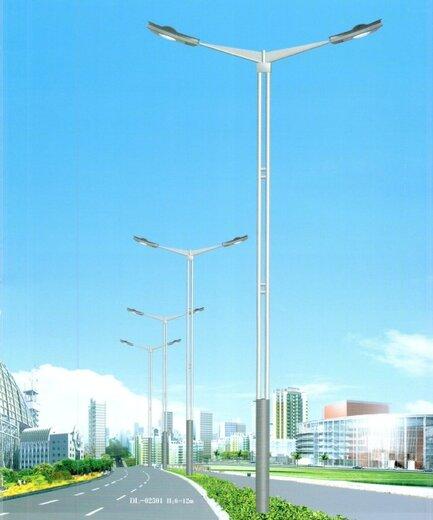 重慶LED路燈廠家11米12米路燈桿整套價格,LED市電路燈多少錢