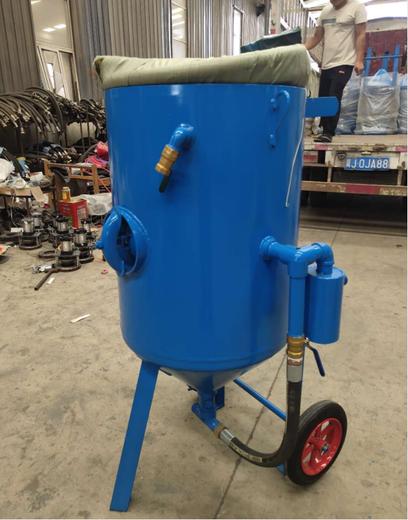 上海高压一体型手动环保箱式喷砂机