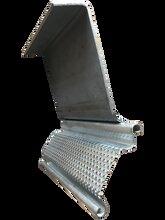 久進五金機械廠卷閘機,全新久進五金機械廠卷簾門底梁成型設備質量可靠圖片