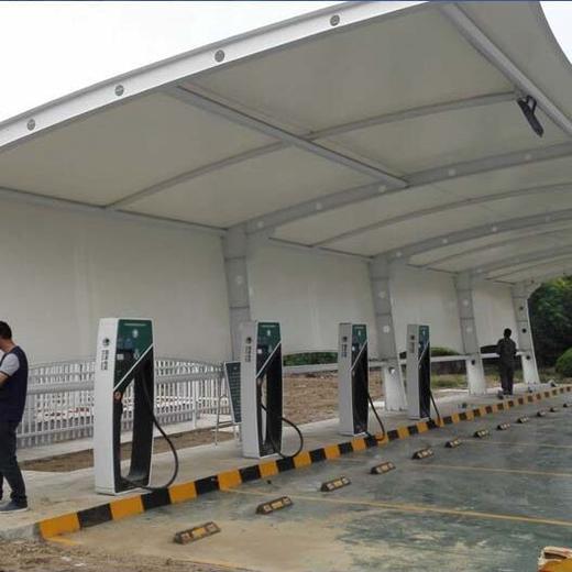 江蘇膜結構車棚安裝方案
