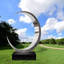 河北室外不锈钢圆环雕塑加工厂家,月亮雕塑图片