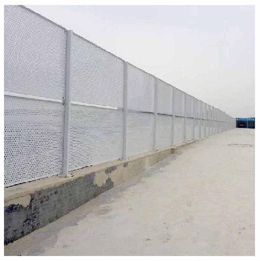 惠州市全新沖孔圍擋品種繁多,施工圍擋