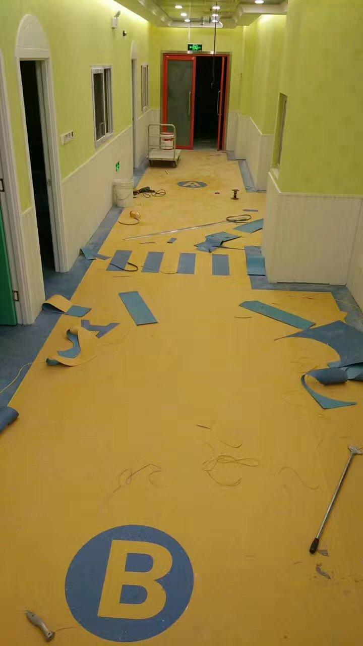 【幼儿园塑胶地板价格,幼儿园悬浮地板报价】- 黄页88网