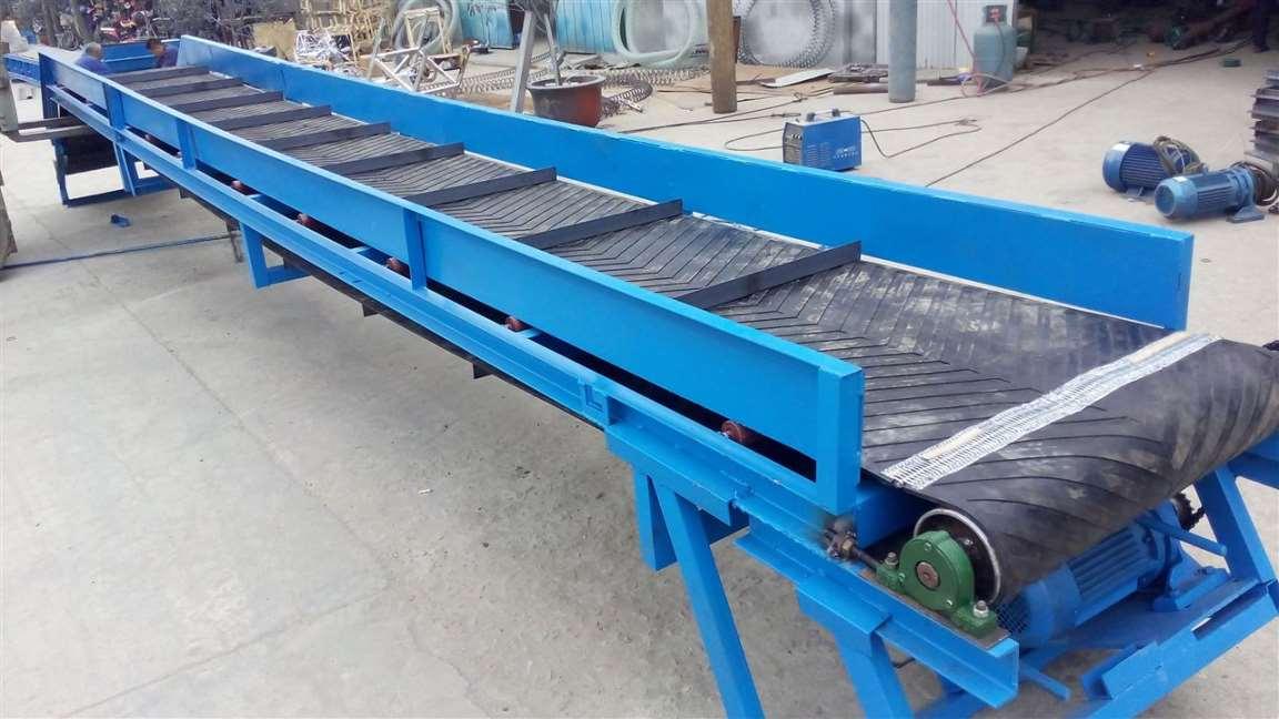 双升降输送机固定皮带机,专用pvc皮带式输送机桂林 行走式水泥运输机图片