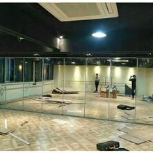 深圳會議室雙層玻璃活動隔斷折疊屏風墻供應廠家圖片