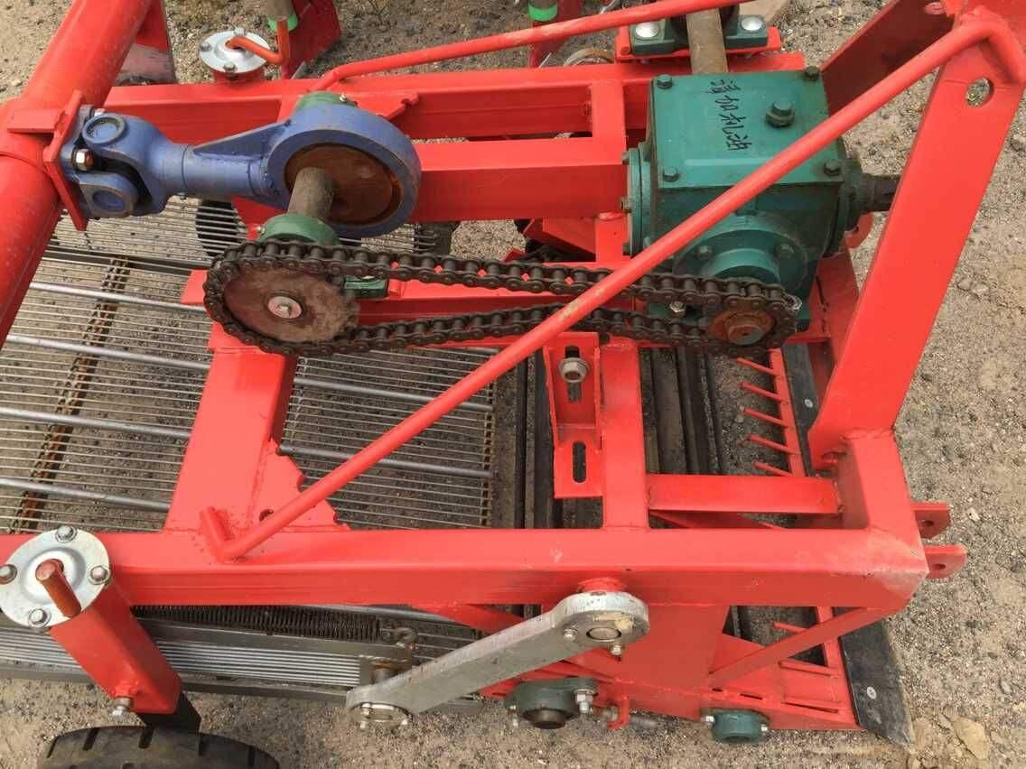 供应与10-12马力手扶拖拉机配套的微型联合收割机