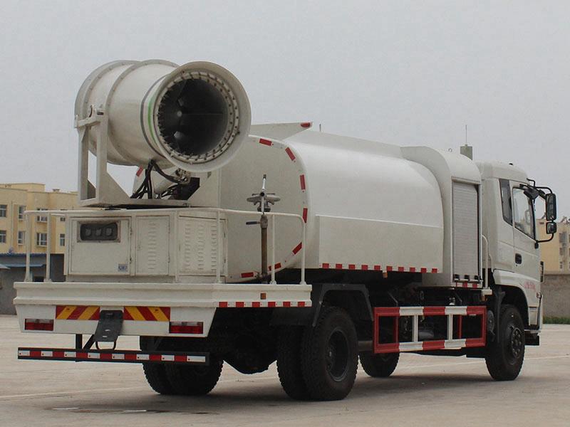 喷雾车多少钱153新款东风10吨雾炮车报价