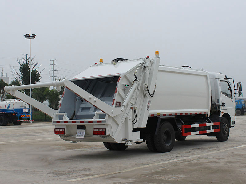 压缩垃圾桶东风6方D7大多利卡压缩垃圾车参数