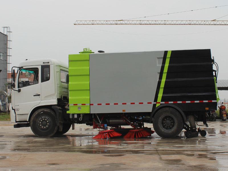 10方东风天锦扫路车_工厂扫路车