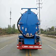 12吨东风新款D913专底后双桥真空吸污车优惠真空吸污车视频图片
