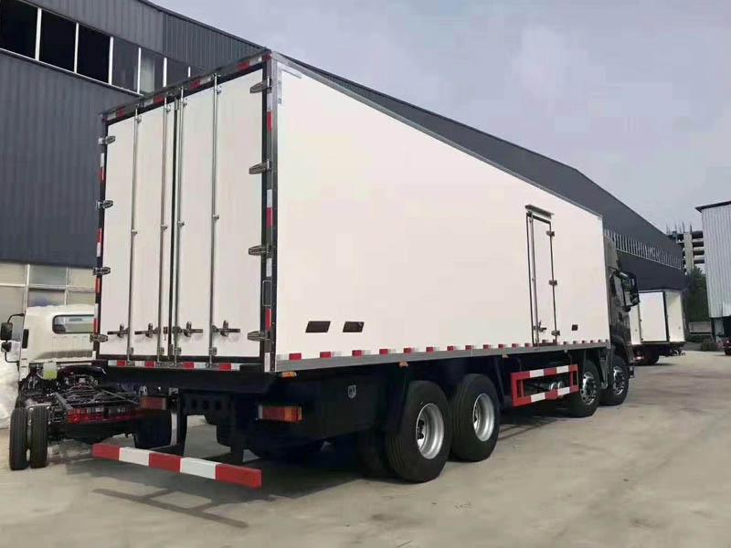 东风天龙气囊后桥冷藏车图片配置价格符合国家要求冷藏车