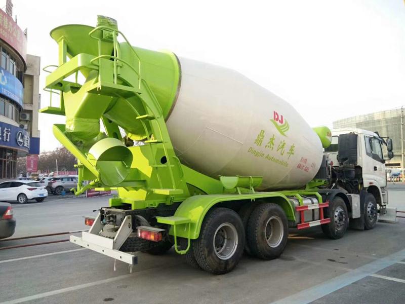 水泥罐车哪里有卖欧曼ETX前四后八18方搅拌