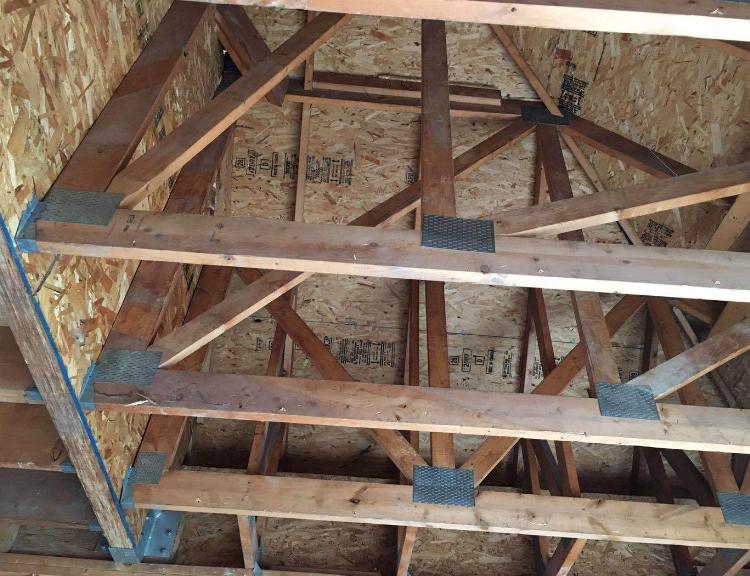 木结构连接配件-木屋连接件-镀锌齿板钉板连接件-u型梁托等