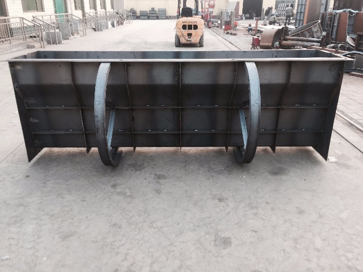 制造墩模具设计与隔离已前进我国阳台模具成为事业装修灯框设计图图片