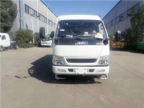 江铃顺达护栏清洗车(1).png