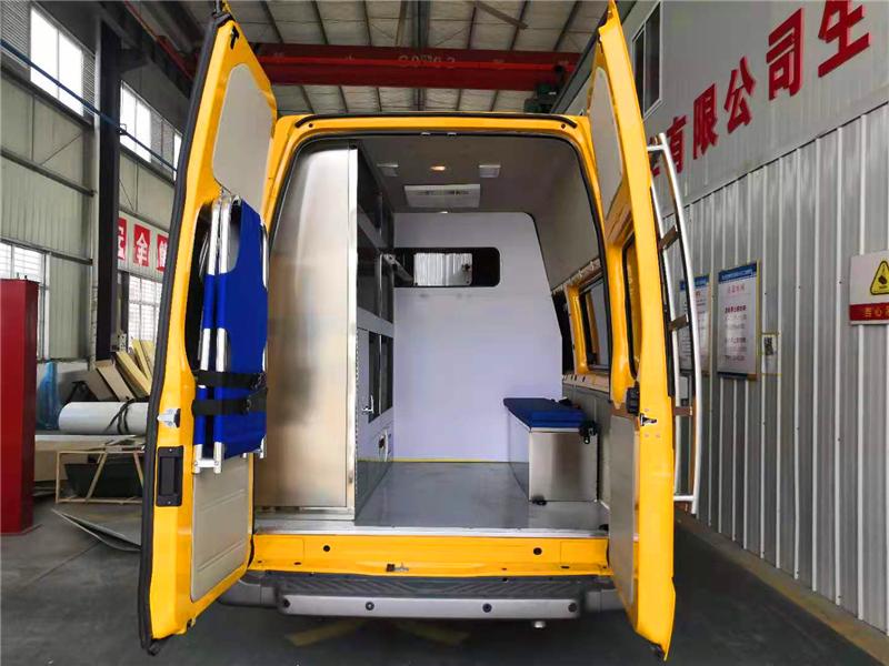 福特V348新時代救險車、氣防車圖片 (3).png