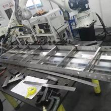 不锈钢模板机器人激光焊接机厂家定制图片