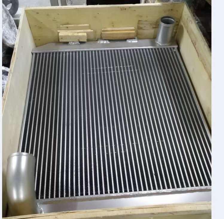 WA470-6 中冷器 421-03-44150.jpg