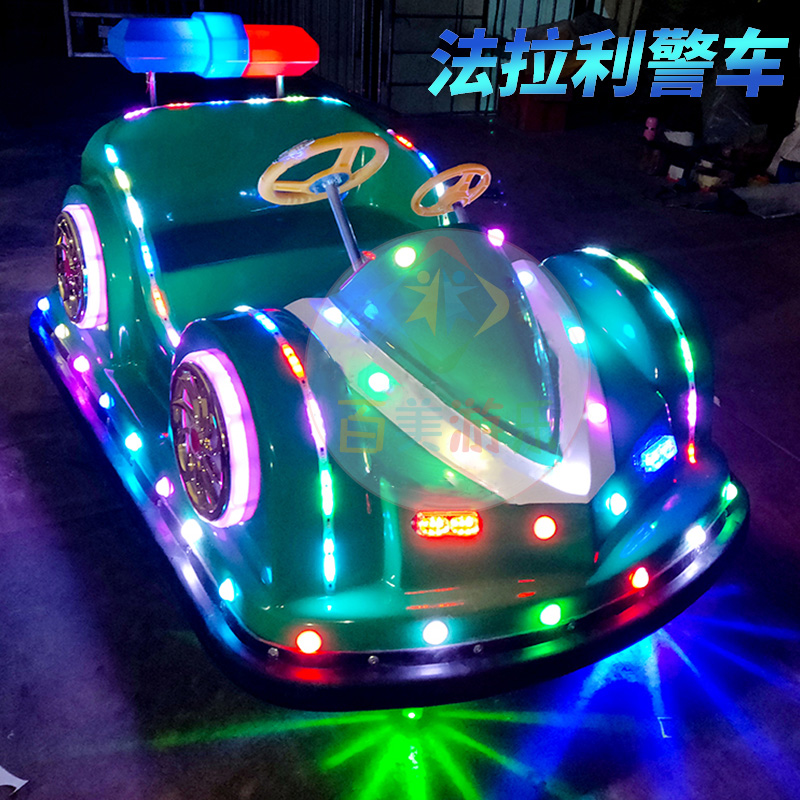 法拉利警車綠色燈光實拍.jpg