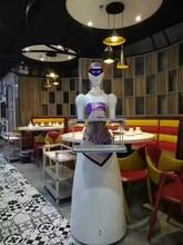 热销投资小收益快智能机器人送餐节约成本