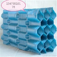 逆流式冷却塔填料横流式冷却塔填料生产厂家现货供应图片