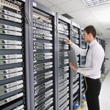 高防服务器美国站群大带宽多IP秒解免备案G口