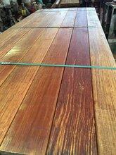 菠蘿格園林景觀戶外欄桿,防腐木地板圖片