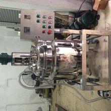 電加熱不銹鋼反應釜秦皇島精本專業生產化工設備廠家圖片