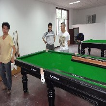北京星牌臺球案子維修拆裝臺球桌更換臺呢更換臺布圖片