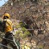 各种防护网施工,矿山防护网施工、公路边坡防护网施工