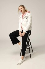 广州时尚城市衣柜品牌折扣女装简约大衣批发