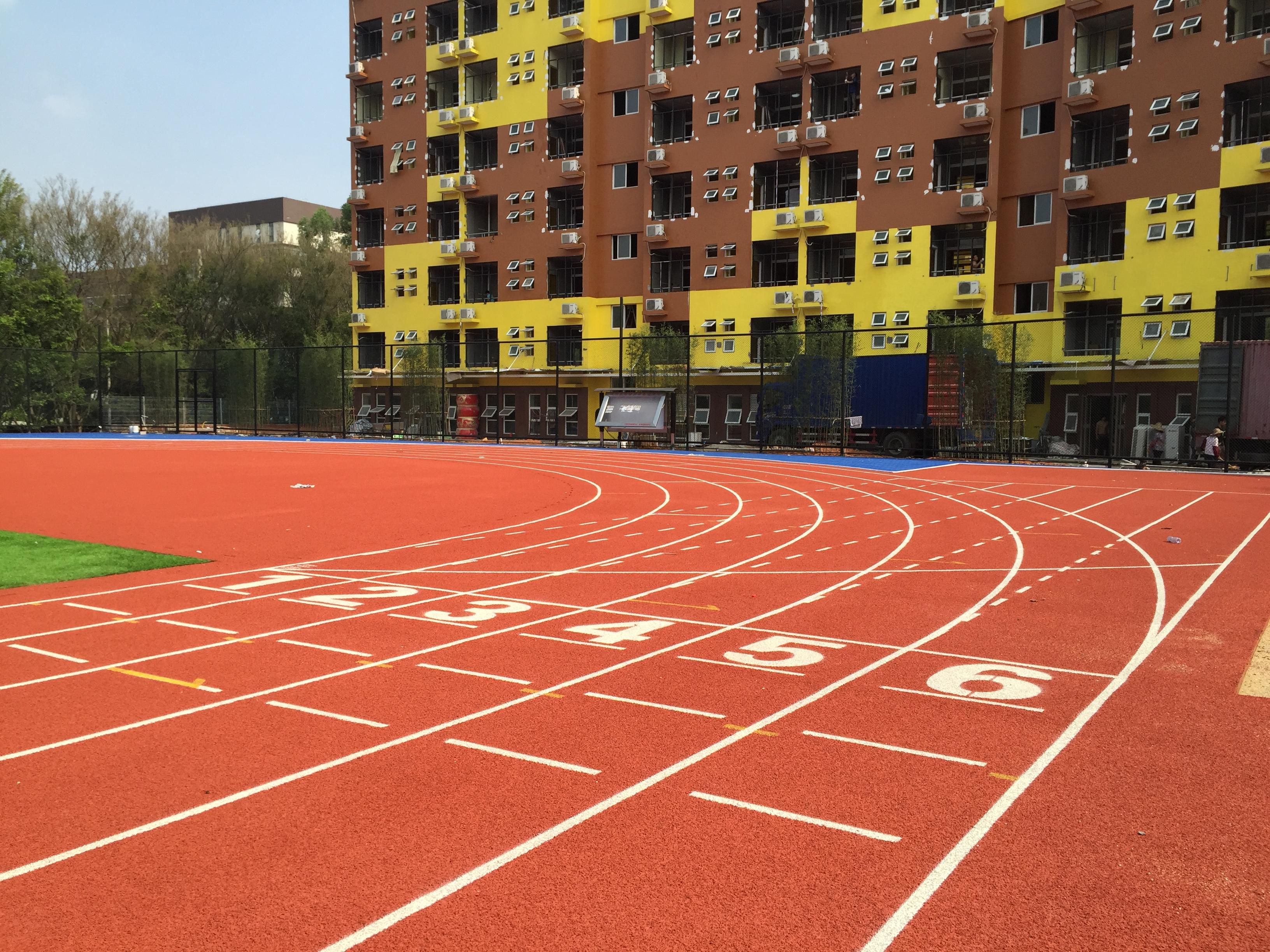 福建塑胶球场-塑胶跑道施工方案-学校彩色跑道价格