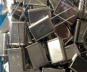 晶振现货3.2768MHz,49U晶振封装图片