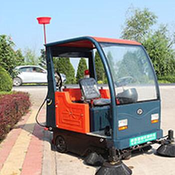 四川普森电动驾驶式扫地车景区道路清扫车PS-J1860AB环卫车