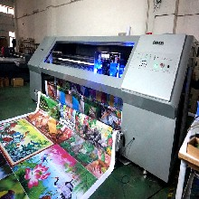 哪里有3米2卷材打印机墙纸墙布打印机UV3200卷材打印机厂家