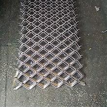 南昌鱼鳞铝网板订做菱形铝板网吊顶建筑外墙装潢网板供应商图片