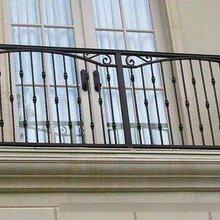较为东森游戏主管见的阳台护栏样式,阳台护栏的分类东森游戏主管东森游戏主管些?露台栏杆类型图片