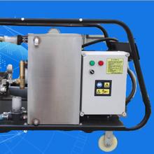 沃力克WL5022工业型高压清洗机适用于船体表面除垢除锈除残留物图片