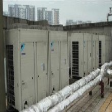 蚌埠开利中央空调回收价格行情,宁德风冷热泵冷水机组回收图片