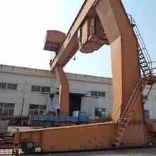 淮北起重设备回收公司(二手行车回收)港口吊机回收图片